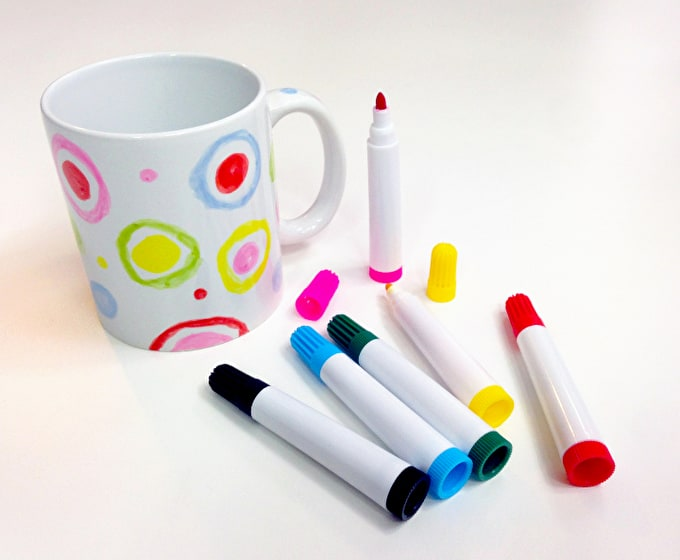Easter is more than just chocolate...Create Your Own Mug & An arty Freebie this Easter