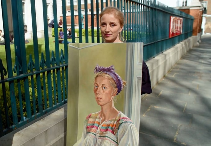 EXCLUSIVE INTERVIEW WITH HEAT 3 WINNER OF SKY ARTS PORTRAIT ARTIST OF THE YEAR