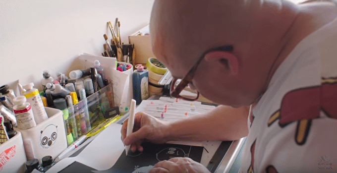 Video: Illustrator William Broome Layers Colours with Winsor & Newton Pigment Markers