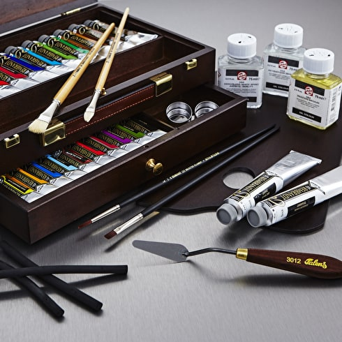 Rembrandt Special Edition Master Box Oil Colour Assorted Colours Set of 24 + Accessories