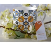 Victoria and Albert Dutch Painted Tile Can Mug