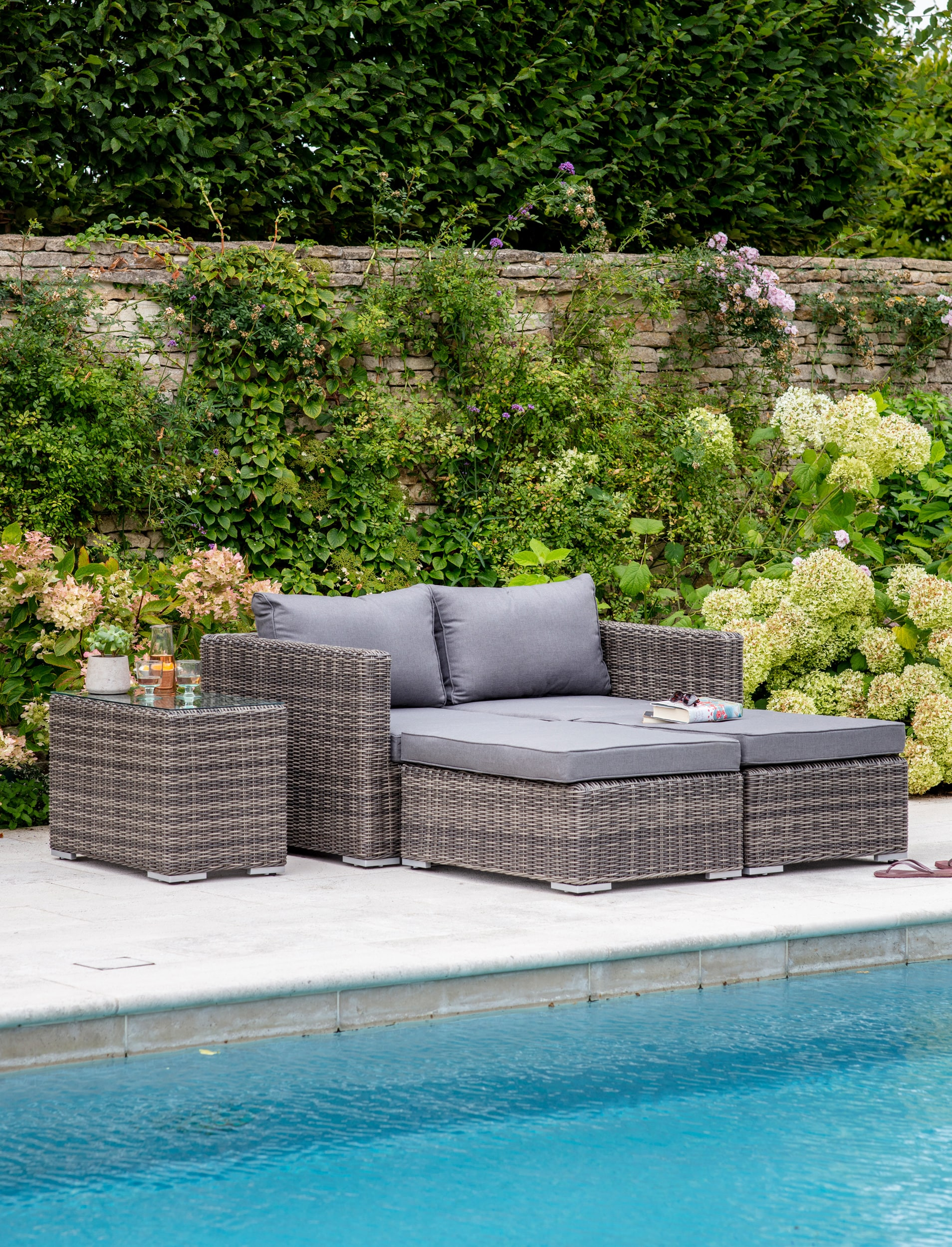 All-weather Rattan Selborne Modular Double Lounger Set | Garden Trading