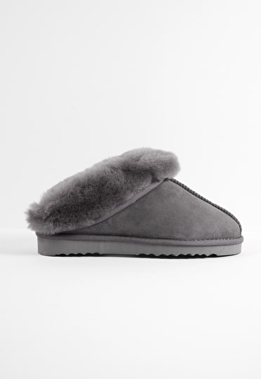 Sheepskin Snug Slippers
