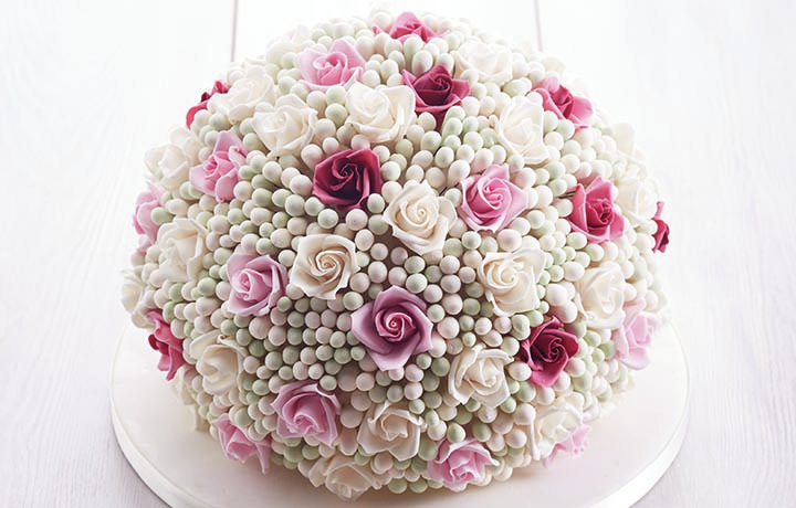 Sphere rose cake