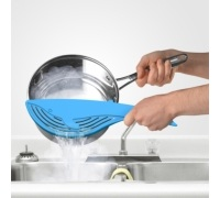 Fred Big Blue Pot Strainer