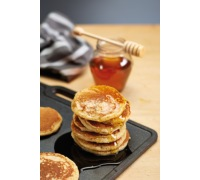 Paul Hollywood Cast Iron Reversible Baking Stone / Griddle