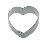 KitchenCraft 5cm Heart Shaped Metal Cookie Cutter
