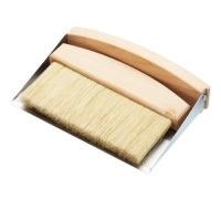 Living Nostalgia Tabletop Dustpan & Brush