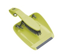 Colourworks Green Dustpan and Brush Set