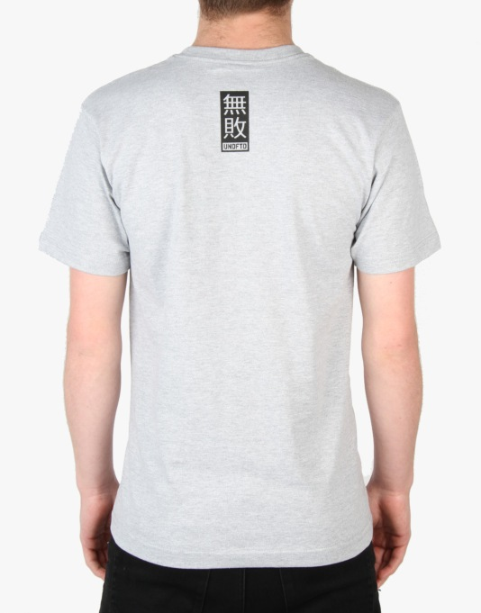 Undefeated East Strike T-Shirt - Grey Heather