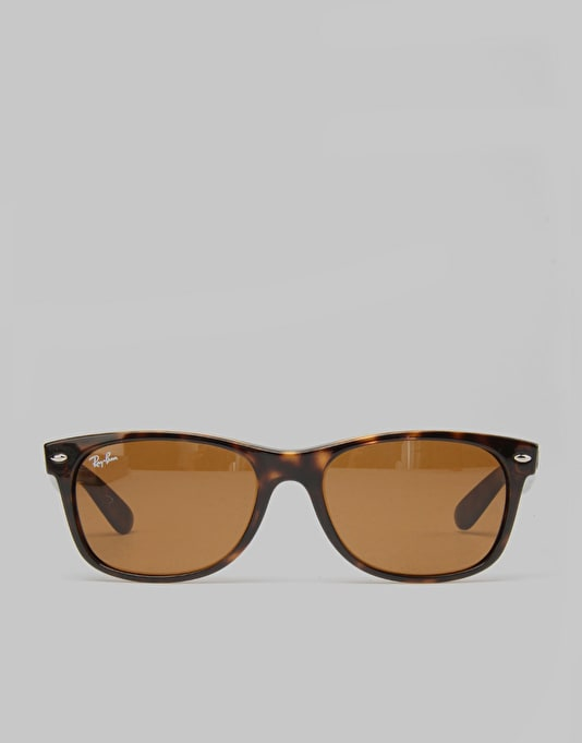 Ray-Ban New Wayfarer Sunglasses - Light Havana RB2132 710 55