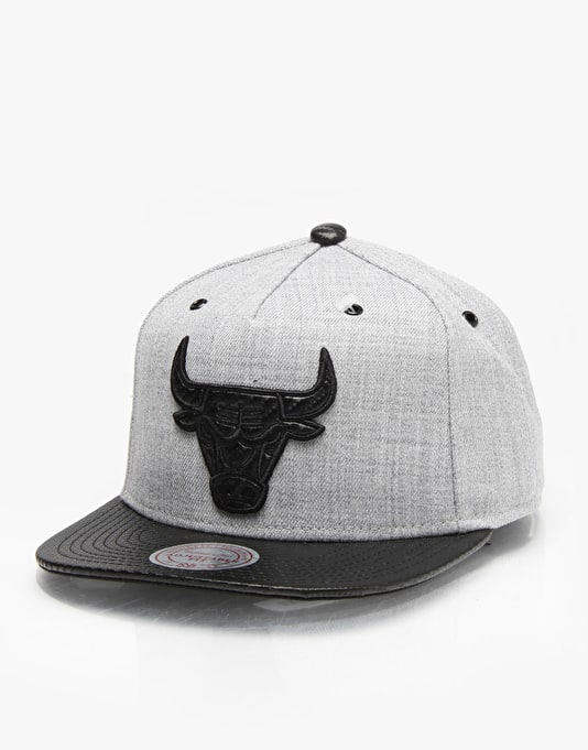 Mitchell & Ness QS NBA Chicago Bulls Elite Snapback Cap - Grey/Black