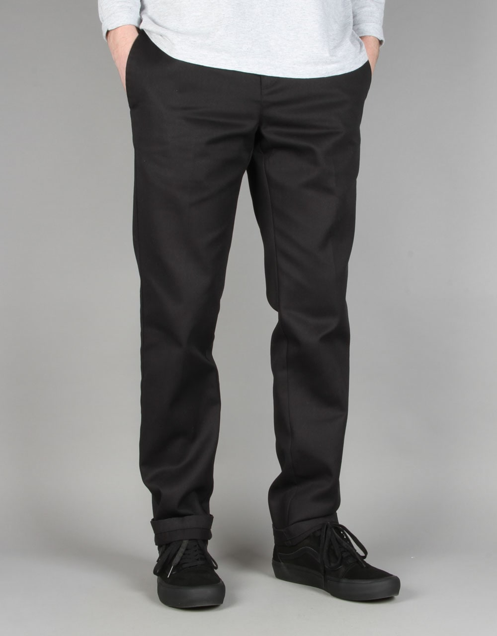 Dickies is known for making pants that last. In addition to being made of cotton and having a slim fit, these pants offer the bonus of having pockets, which I personally really like. Dickies Slim Fit Twill Pant $ 5. G2 Chic Solid Millennium. If you are looking for a classic black pant that looks great and is affordable, look no further.