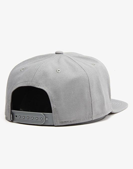 Nike SB Icon Snapback Cap - Tumbled Grey/Black/Tumbled Grey/Black