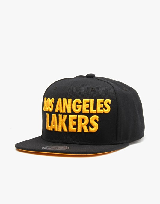 Mitchell & Ness NBA LA Lakers Title Snapback Cap - Black/Yellow