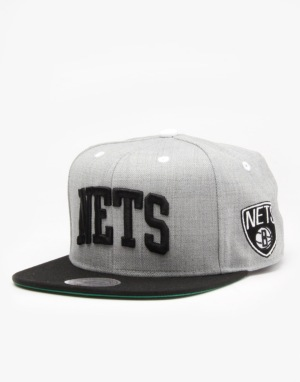 Mitchell & Ness NBA Brooklyn Nets Basic Arch Snapback Cap - Grey/Black
