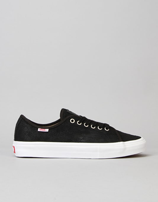 32accd1367fc Vans AV Classic Skate Shoes - (Oiled Suede)Black White