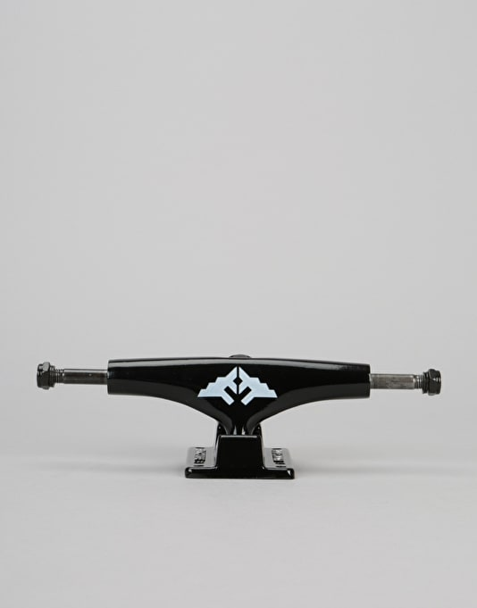 Fracture Wings V3 5.25 Low Truck - Black
