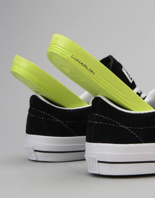 Converse One Star Skate Shoes - Black/White/Gum