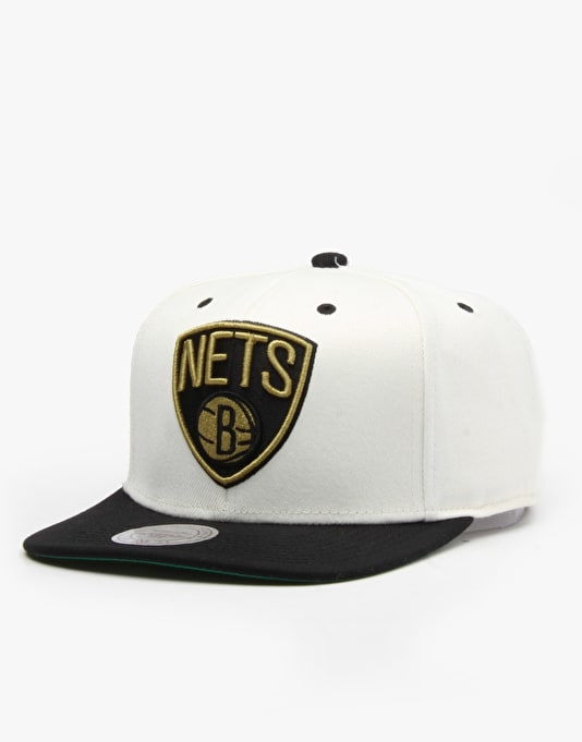 Mitchell & Ness NBA Brooklyn Nets Cream Top Snapback Cap - Cream/Black