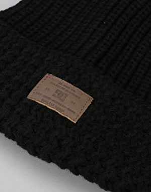 DC Shells Worth Bobble Beanie - Black