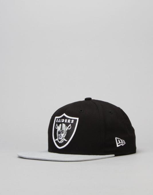 New Era NFL Oakland Raiders Team Basic Snapback Cap - Black