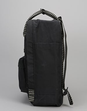 Fjällräven Kånken Backpack - Black/Striped