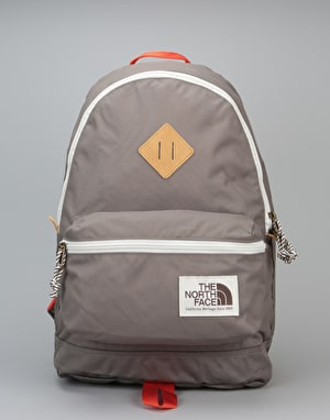 The North Face Berkeley Backpack - Falcon Brown/TNF Black