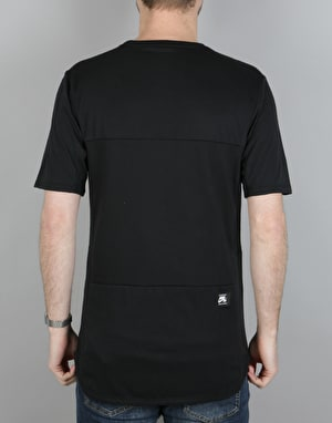 Nike SB Dry Skyline T-Shirt - Black/White