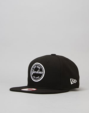 New Era MLB New York Yankees Patch Snapback Cap - Black