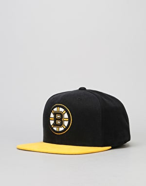 Mitchell & Ness NHL Boston Bruins Sandy Off White Snapback Cap - Black