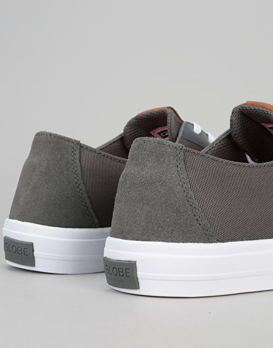 Globe Motley LYT Skate Shoes - Charcoal/White