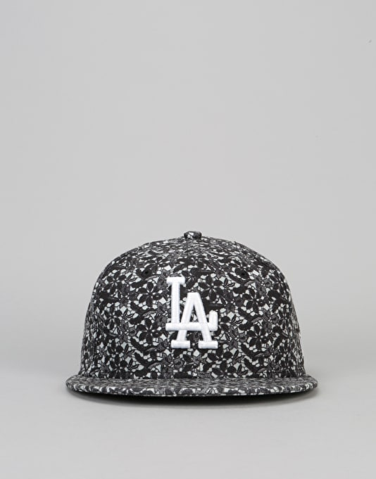 New Era 9Fifty Los Angeles Dodgers Lace Snapback Cap - Black