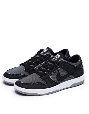 Nike SB Medicom Zoom Dunk Low Elite Quick Strike – Limited Edition Skate Shoes - Black/White-Grey