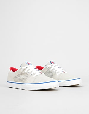 éS x Grizzly Square Three Skate Shoes - White