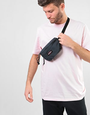 Eastpak Springer Cross Body Bag - Midnight
