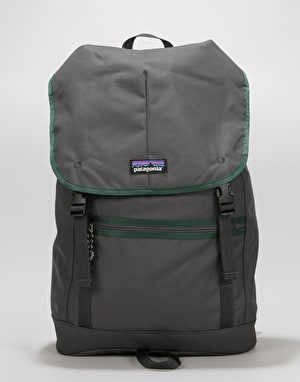 Patagonia Arbor Classic Pack 25L Backpack - Forge Grey  a6b38557971e5