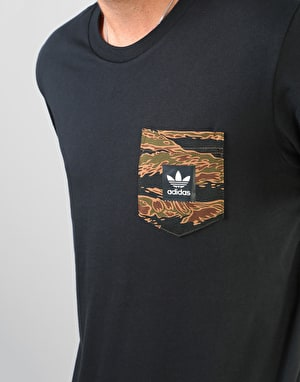 Adidas Camo Pocket T-Shirt - Black/Camo Print/Collegiate Orange