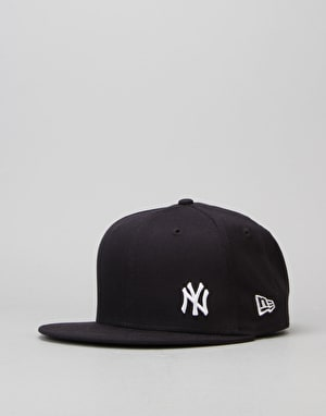 New Era 9Fifty MLB New York Yankees Flawless Snapback Cap - Navy