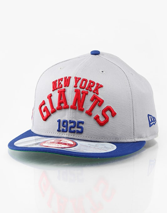 New Era NFL NY GIants Arch Date Cap