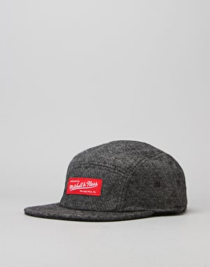 Mitchell & Ness 5 Panel Cap - Black/White