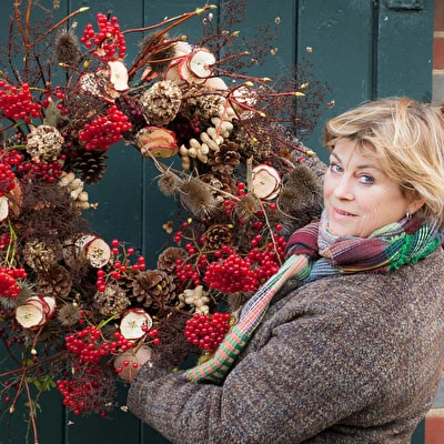 Christmas Flowers, Wreaths and Decorations at the Emma Bridgewater Factory