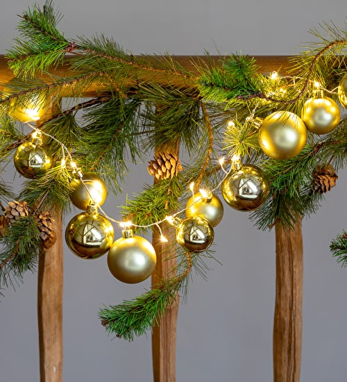 Bauble Cluster Garland with Lights