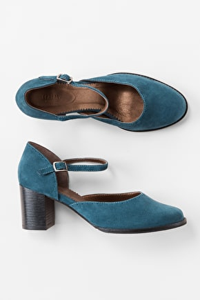 Elegant Heels. Suede Sandals With Sea Air® Insole - Seasalt