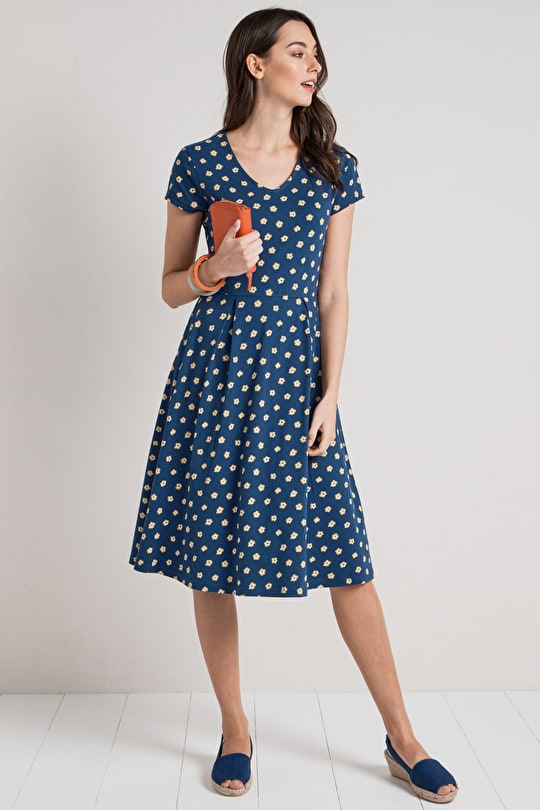 Pier View Dress, Organic Cotton Jersey Fit and Flare Shape - Seasalt