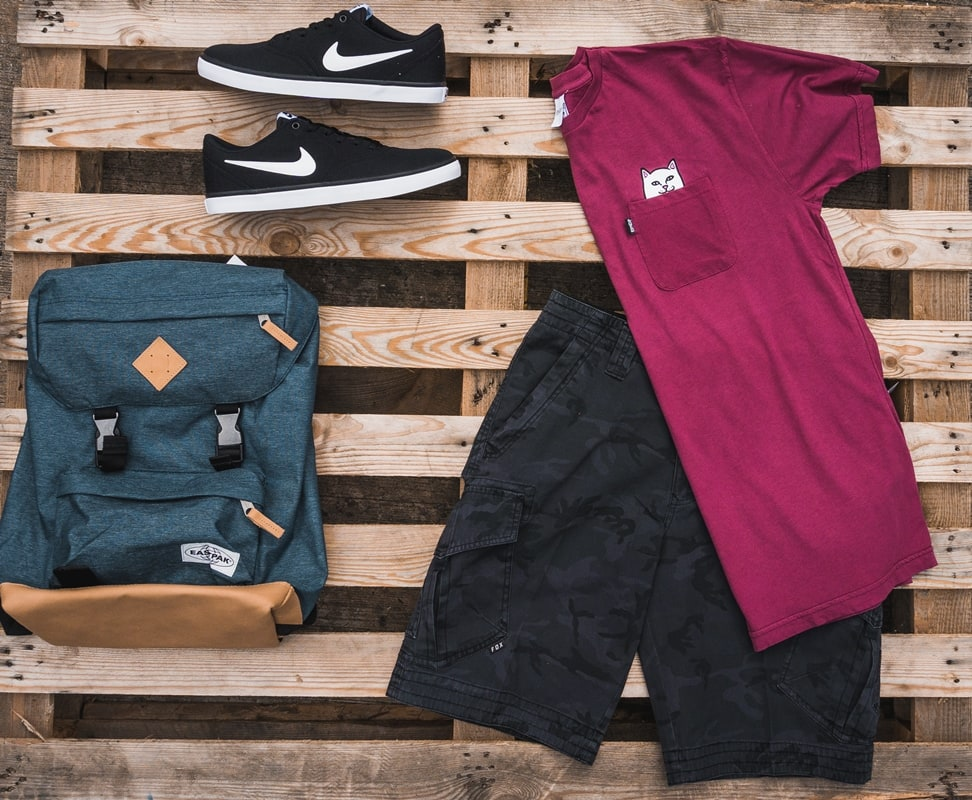 summer skateboarding outfit