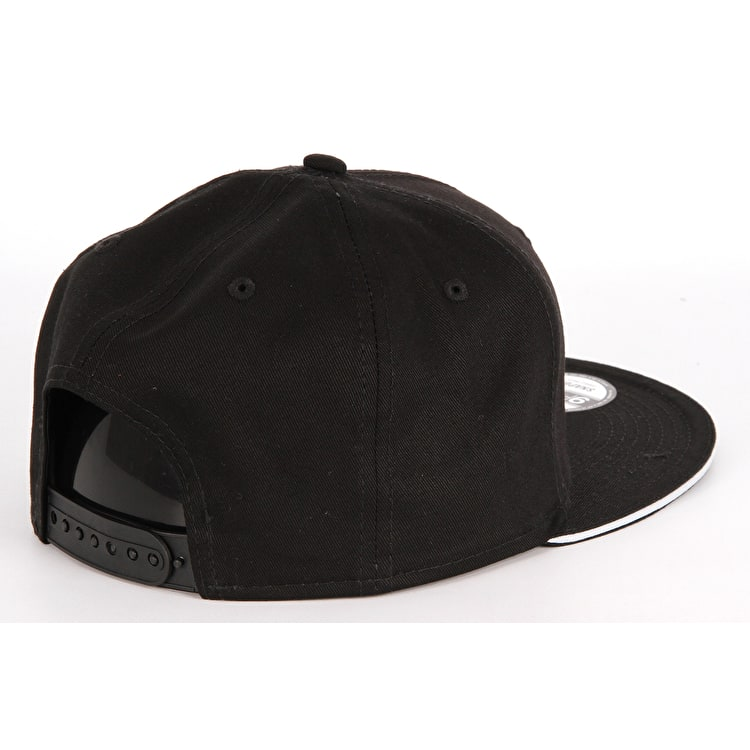 New Era Classic Team Snapback Cap - Oakland Raiders