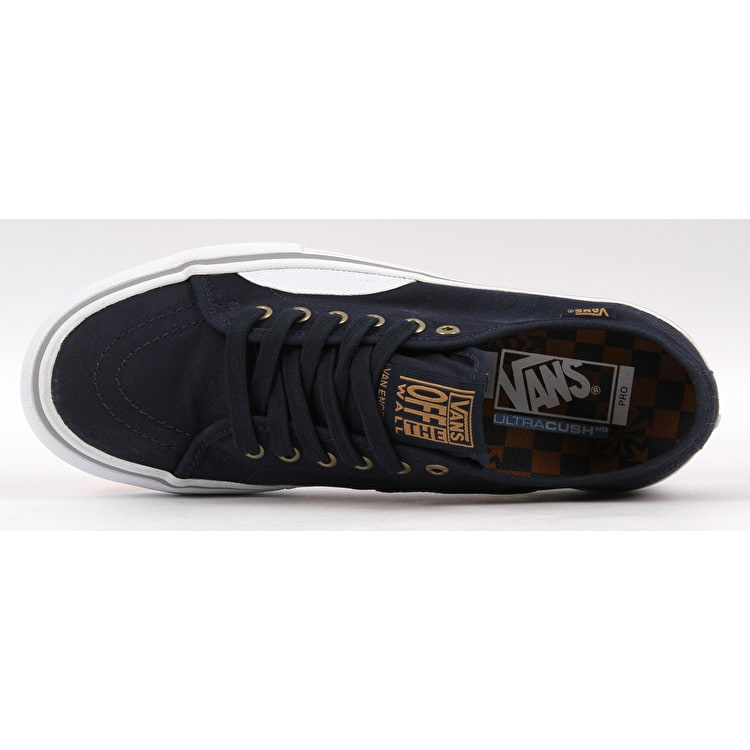 Vans AV Classic Pro Skate Shoes - (Independent) Dress Blues