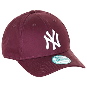 New Era League Essential New York Yankees Cap - Maroon
