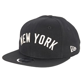 New Era MLB The Lounge Cap - Yankees - Black/Optic White